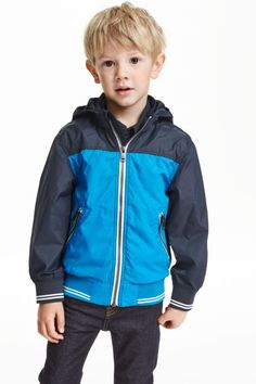 nylon jackets for kids - Bing images Toddler Boy Fashion, Little Boy Fashion, Toddler Boys, Hipster Kid, Young Cute Boys, Bunny Outfit, Modern Kids, Inspiration For Kids, Outdoor Outfit