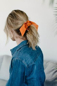 Silk Scrunchie Ponytail Holder Hair Tie Bunny Ears Orange Gift For Her - The Perfect Messy Bun in 3 Easy Steps Scarf Hairstyles, Pretty Hairstyles, Easy Hairstyles, Straight Hairstyles, Wedding Hairstyles, Virtual Hairstyles, Quinceanera Hairstyles, Popular Hairstyles, Everyday Hairstyles