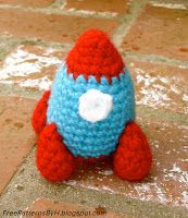 Free Patterns by H: Tiny Rocket Ship Pattern