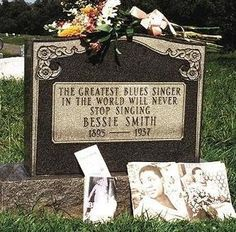 Janis Joplin paid for the tombstone of her idol, blues singer Bessie Smith. After being killed in an automobile accident the singer was buried in an unmarked grave, which did not sit well with Janis. Bessie Smith, Famous Graves, Janis Joplin, Blues Music, Music Love, Soul Music, African American History, Kirchen, Woodstock