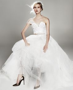 New Takes On the Traditional Wedding Dress: #4. CROP TOP