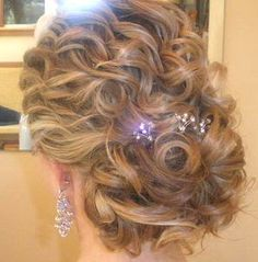 pretty curly updo