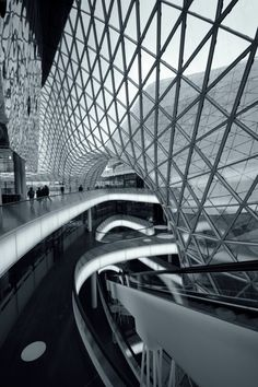 """MyZeil"" Shopping Mall in Frankfurt by Studio Fuksas photo by Irina Vinnitskaya"