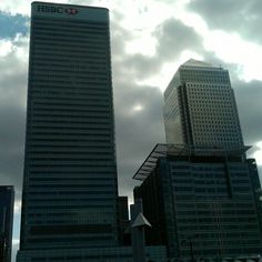 Canary Wharf Skyscraper, Multi Story Building, London, Home, Skyscrapers, Big Ben London, House, Ad Home, Homes
