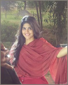 Megha Akash Hot HD Photos & Wallpapers for mobile (megha akash, actress, kollywood, tollywood, hd wallpapers) Most Beautiful Indian Actress, Most Beautiful Women, Beautiful Actresses, Simply Beautiful, Beauty Full Girl, Beauty Women, Megha Akash, Indian Beauty Saree, India Beauty