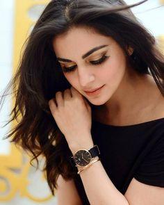 Girl Photo Poses, Girl Photography Poses, Girl Photos, Indian Tv Actress, Indian Actresses, Beautiful Bollywood Actress, Beautiful Actresses, Sleeves Designs For Dresses, Cute Stars