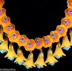 Vtg Floral Necklace Lucite OrangeFlowers & orange floral drops w/blue accents. Originally pinned by Colleen Abbott Floral Necklace, Diy Necklace, Necklace Designs, Unique Necklaces, Unique Jewelry, Vintage Jewelry, Jewellery Making Materials, Jewelry Making, Jewelry Art