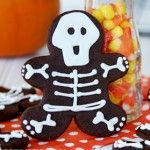 Skeleton gingerbread men - some people are just so creative!  She made her skeleton men with a chocolate batter.  Recepie on post.