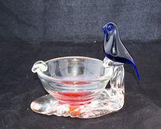 Vintage Norwegian Art Glass Blue Bird Ash Tray Scandinavian Handmade Tobacciana by ArtGlassGoodies on Etsy Vintage Bar, Retro Vintage, Kosta Boda, Glass Candle Holders, Blue Bird, Ash, Scandinavian, Glass Art, Tray