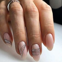Semi-permanent varnish, false nails, patches: which manicure to choose? - My Nails Hair And Nails, My Nails, Wedding Nails Design, Super Nails, Nagel Gel, Gel Nail Art, Nail Nail, Nail Polishes, Nail Decorations