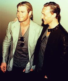 Chris Hemsworth and Tom Hiddleston, this makes me happy :)