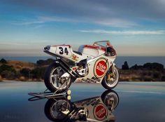 Cbr 250 Rr, Suzuki Bikes, Gsxr 750, Sportbikes, Motogp, Grand Prix, Cars And Motorcycles, Motorbikes, Biker