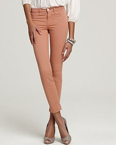 J Brand 811 Mid Rise Luxe Twill Skinny Jeans in Tiger's Eye