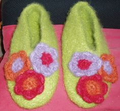 Magnolia Slippers view 2