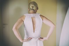 bride's getting ready in San Gimignano