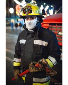From the archives: Fireman (2008). . . . . #portraitphotography #portraits #portraitperfection #postmoreportraits #makeportraits #pursuitofportraits #DiscoverPortrait #portrait_perfection #streetportrait #intercollective #spi_collective #streetsmx #artphotography #streetphotographer #streetphotography #artefotograficomx #everybodystreet #helloicp #hikaricreative #myspc17 #lfe35 #lensculture #life_is_street #ourstreets #challengerstreets #fromstreetswithlove #jj_streetshots #streetleaks…
