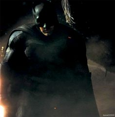 All Things Batman v Superman: An Open Discussion - - - - - - Part 215 - The SuperHeroHype Forums
