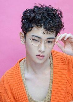 Shinee Key 키 Daegu, Minho Jonghyun, Key Shinee, Shinee Members, Shinee Debut, Taehyung, Shared Folder, Wattpad, Kim Kibum