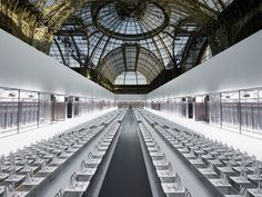 Lagerfeld's HIGH-TECH CONCEPT for Chanel relies on craftsmanship - News - Frameweb