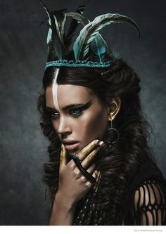 Nuria Nieva in Tribal Chic Fashion x Elle - Tribal Chic Fashion -- Nuria Nieva covers the latest issue of Elle Romania photographed by Jesus Alonso. Steampunk Make Up, Steampunk Mode, Photoshoot Inspiration, Makeup Inspiration, Makeup Ideas, Style Tribal, Tribal Makeup, Tribal Hair, Hippie Stil