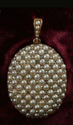 John Joseph Pendants large pearl and rose diamond opening locket Victorian 1870c