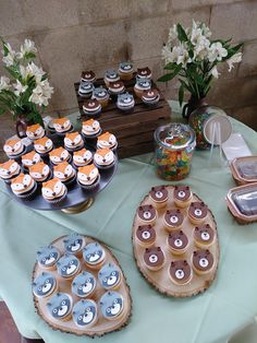 food ideas for 1 year old party 1 Year Old Birthday Party, Boys First Birthday Party Ideas, Birthday Themes For Boys, Baby Boy First Birthday, Boy Birthday Parties, Baby Themes For Boys, Birthday Decorations, Boy Baby Shower Themes, Baby Shower Cupcakes