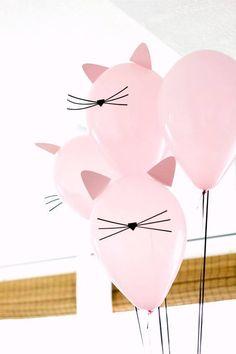 decoracao de festa bexigas rosas gatinho