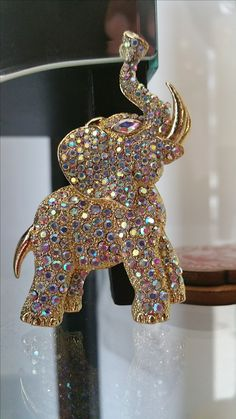 Rhinestone Elephant lapel Pendant