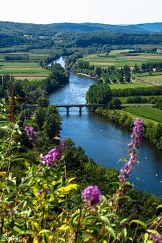 Corrèze River from the viewpoint of French village of Domme, in the Périgord.