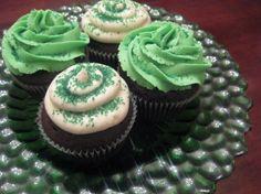 St. Patrick's Day Irish Creme Cupcakes!