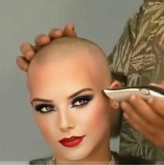 Try Something New With These Women Alternative Hair That Are Trending - Stylendesigns Super Short Hair, Girl Short Hair, Short Hair Cuts, Short Hair Styles, Bald Head Women, Shaved Head Women, Shaved Heads, Shaved Hair Cuts, Shaving Your Head
