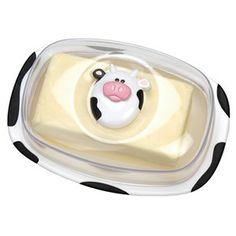 Moo-ve over, plain butter dishes. This bovine delight is ready to keep its precious butter fresh and yummy for morning toast or cooking ingredients! Cow Kitchen Decor, Cow Decor, Kitchen Humor, Kitchen Themes, Kitchen Stuff, Funny Kitchen, Dish Storage, Storage Containers, Kitchen Storage
