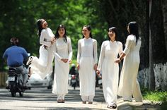 Best of Vietnam 9 Days 8 Nights. This is our most pupular programs featuring a balance of culture and history of Vietnam The trip covers most major  highlights of the country including:  Hanoi –  Ha Long Bay - Hue – Hoi An – Danang  – Saigon - Cuchi Tunnes within 10 days http://www.khoaviettravel.com/Best_of_Vietnam_10days.html