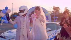 【動画】CG一切なし!美人すぎる一輪車世界チャンピオンとドリフト世界最高速ギネス記録保持者による「ドリフト結婚式」がすごい