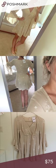 Free people jasmine embroidered dress - 4 Beautiful. Super feminine/ ethereal. 💕 ☀️No trades please. Many thx! 💕 Free People Dresses