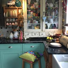 Kitchen Redo, Rustic Kitchen, Cute House, Cozy Place, Eclectic Decor, Decoration, Home Interior Design, Foyer, Room Inspiration