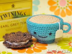 Amigarumi teac and biscuit.  Yes, please.
