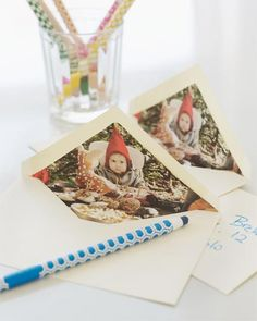 Awesome Christmas card craft- photo lined envelopes