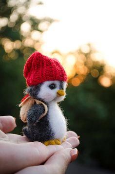 Penguin gift handmade wool toy needle felted animal art toy art doll for travel Needle Felted Animals, Felt Animals, Needle Felting, Funny Animals, Nuno Felting, Funny Cats, Baby Animals Super Cute, Cute Stuffed Animals, Cute Little Animals
