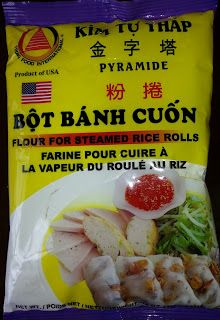 Home Cooking with Thuy: Bánh Cuốn - Rice Sheet Rolls Asian Noodle Recipes, Asian Recipes, New Recipes, Cooking Recipes, Asian Foods, Vietnamese Street Food, Vietnamese Recipes, Chinese Sticky Rice, Recipes