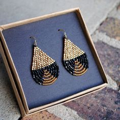 Beaded Brick Stitch Earrings, Seed Bead Earrings, Black and Gold, Lightweight Earrings
