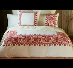 Palestinian embroidery for bed covers