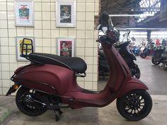 Custom Vespa Sprint - Salsa Rosso | Scooterspot - Scooterspot Amsterdam