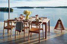 Oxnö armchair, teak. Oxnö table 220 cm, teak. Design: Matilda Lindblom. Photo: Johan Carlson