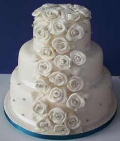 Tumbling Roses Wedding Cakes, Roses, Desserts, Food, Wedding Gown Cakes, Meal, Pink, Wedding Pie Table, Deserts