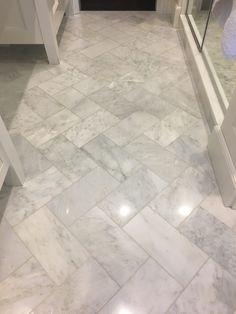 49 most popular master bathroom remodel tile ideas 30 - Bathroom ideas - Bathroom Decor Diy Bathroom, Bathroom Floor Tiles, Bathroom Renos, Bathroom Renovations, Modern Bathroom, Master Bathroom, Home Remodeling, Bathroom Ideas, Bathroom Makeovers