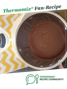 Recipe Chocolate Custard by NicoleCarey, learn to make this recipe easily in your kitchen machine and discover other Thermomix recipes in Desserts & sweets. Custard Recipes, Sweets Recipes, Chocolate Custard Recipe, Creme Dessert, Thermomix Desserts, Food N, Chocolate Desserts, Sauces