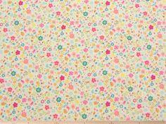 パッチワーク、カルトナージュなどの材料、ワンピース、ブラウス、スカートの制作に、小花柄コットンスケアープリント(オフホワイト)   107cm巾 綿100%   - そーいんぐ・すていしょんコミニカ