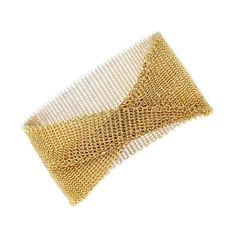 An elegant gold mesh bracelet by Tiffany & Co finely crafted in yellow gold. Measuring in width this Tiffany gold mesh bracelet is a perfect gift Gold Heart Bracelet, Mesh Bracelet, Diamond Bracelets, Bangle Bracelet, Yellow Co, Coral And Gold, Best Diamond, Link Bracelets, Chain Bracelets