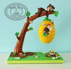 Honey bear, yes it's a cake!